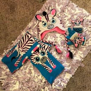 Zebra Hat/Scarf/Glove Set